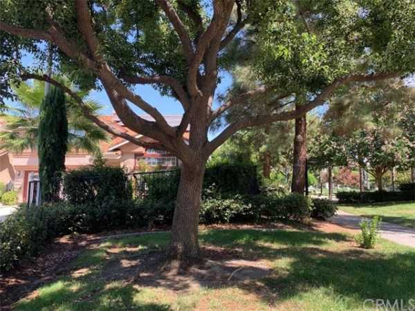 Active | 7649 Dickens Court Rancho Cucamonga, CA 91730 37