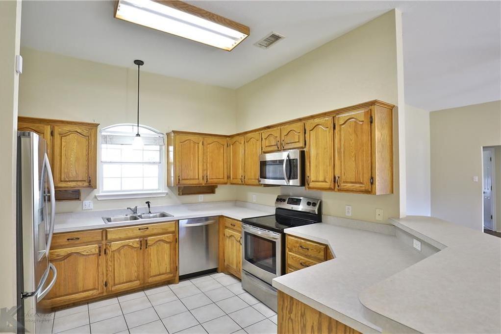 Homes for sale in Abilene Texas | 6465 Twin Oaks Drive Abilene, Texas 79606 5
