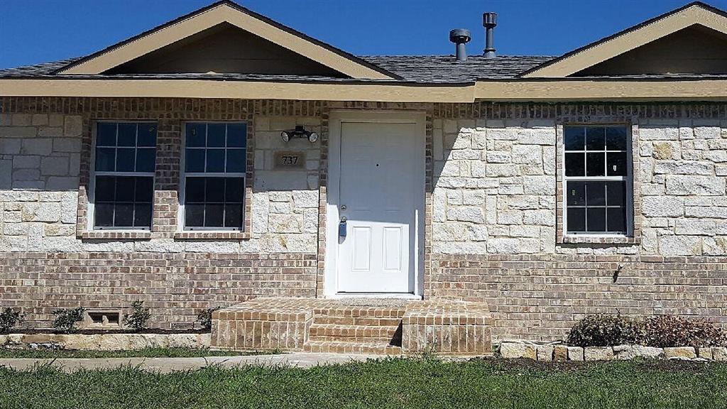 Sold Property | 737 Tapley Street Grand Prairie, Texas 75051 1