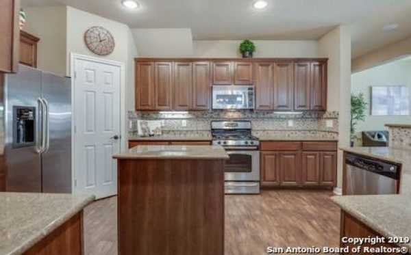 Active | 8914 Saxon Forest  Helotes, TX 78023 10