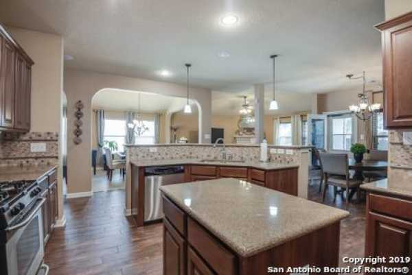 Active | 8914 Saxon Forest  Helotes, TX 78023 11