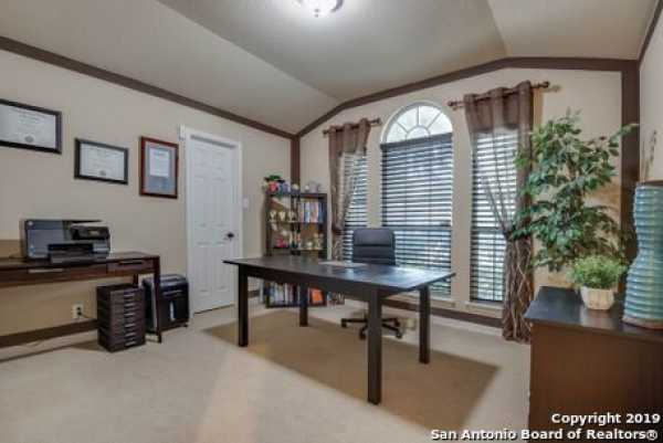 Active | 8914 Saxon Forest  Helotes, TX 78023 17