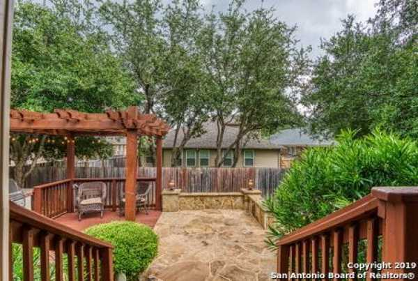 Active | 8914 Saxon Forest  Helotes, TX 78023 21