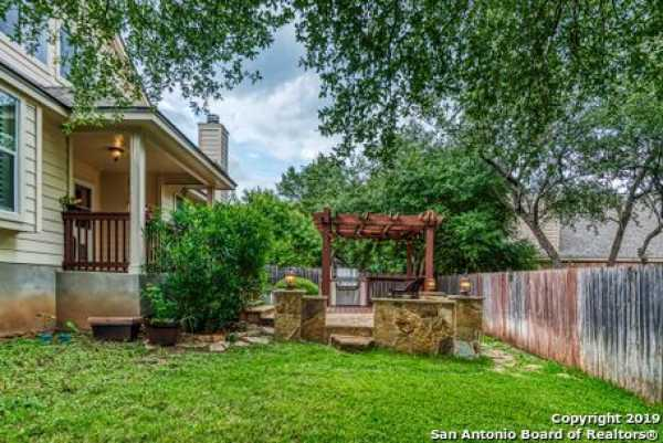 Active | 8914 Saxon Forest  Helotes, TX 78023 23