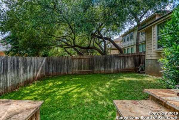 Active | 8914 Saxon Forest  Helotes, TX 78023 24