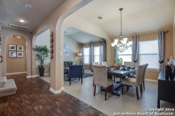 Active | 8914 Saxon Forest  Helotes, TX 78023 5