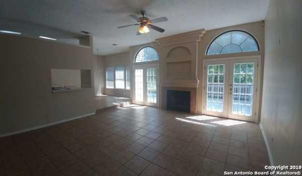 Property for Rent | 7903 CORUM TRAIL DR  San Antonio, TX 78244 3