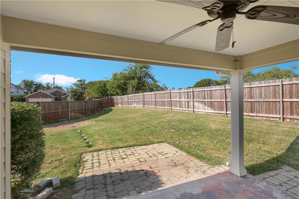 Pending   926 Horizon Ridge Circle Little Elm, TX 75068 24