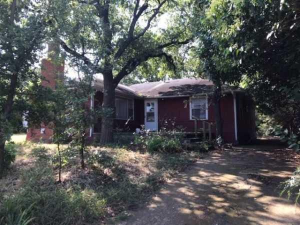Active | 321 Easy Street Little Elm, Texas 75068 1