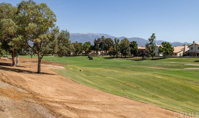Closed   1318 Pine Valley Road Banning, CA 92220 18