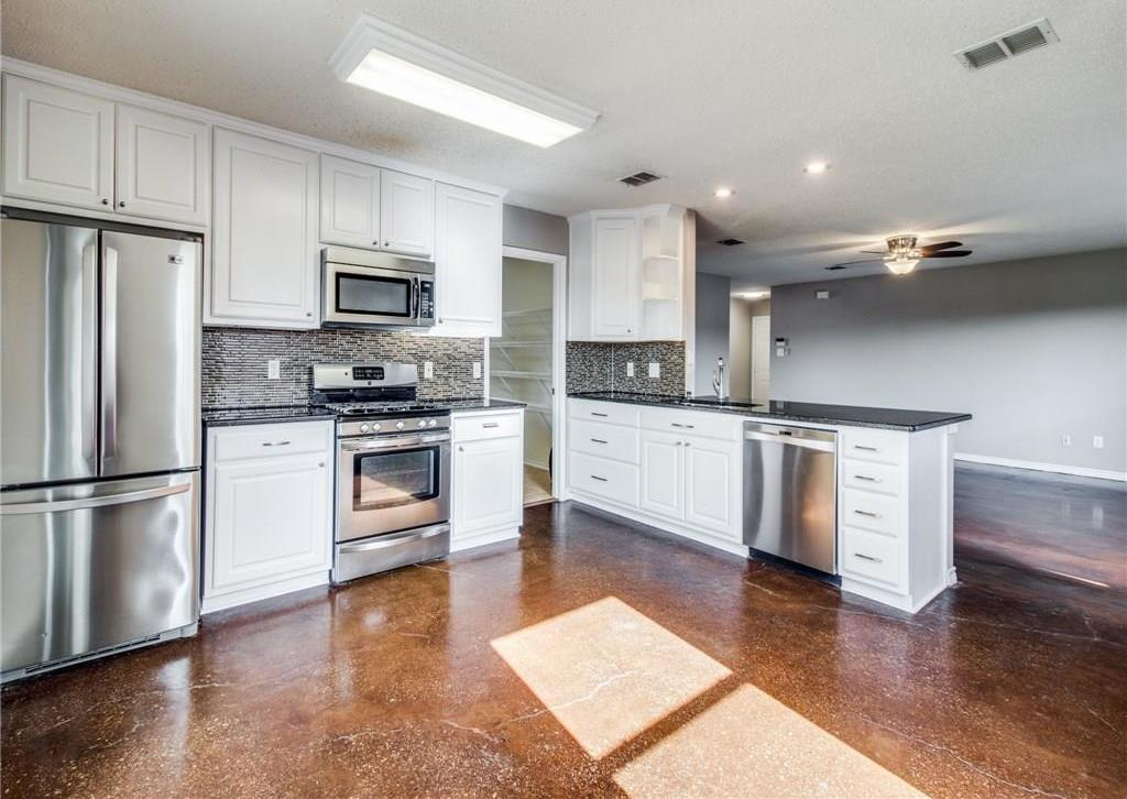 Sold Property | 1441 Laurel Hall Lane Little Elm, TX 75068 10
