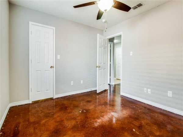 Active   1441 Laurel Hall Lane Little Elm, Texas 75068 21