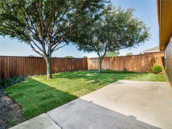 Active   1441 Laurel Hall Lane Little Elm, Texas 75068 22