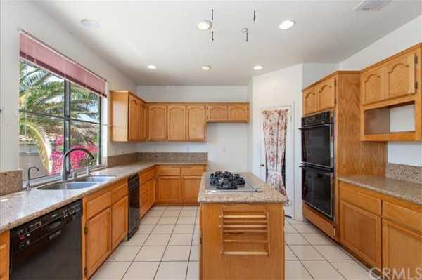 Active | 6100 Softwind Place Rancho Cucamonga, CA 91737 10