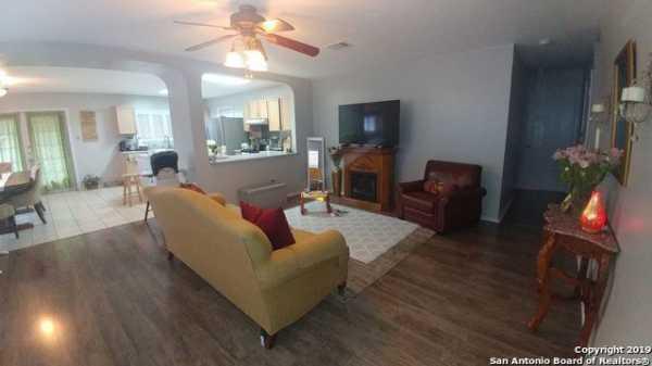 Property for Rent   5407 Senisa Springs  San Antonio, TX 78251 2