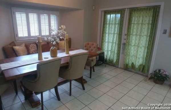 Property for Rent   5407 Senisa Springs  San Antonio, TX 78251 4