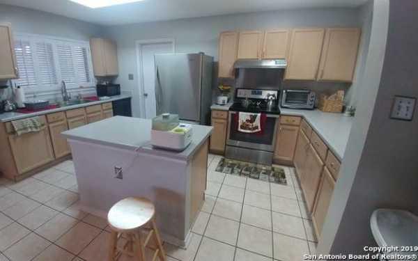 Property for Rent   5407 Senisa Springs  San Antonio, TX 78251 5