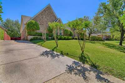 Sold Property | 2107 Bay Club Drive Arlington, Texas 76013 2