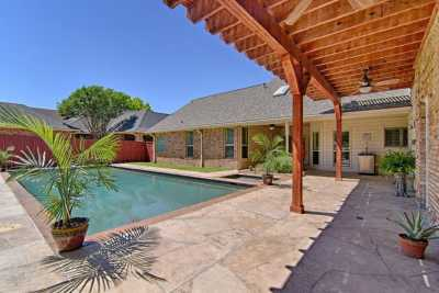 Sold Property | 2107 Bay Club Drive Arlington, Texas 76013 4