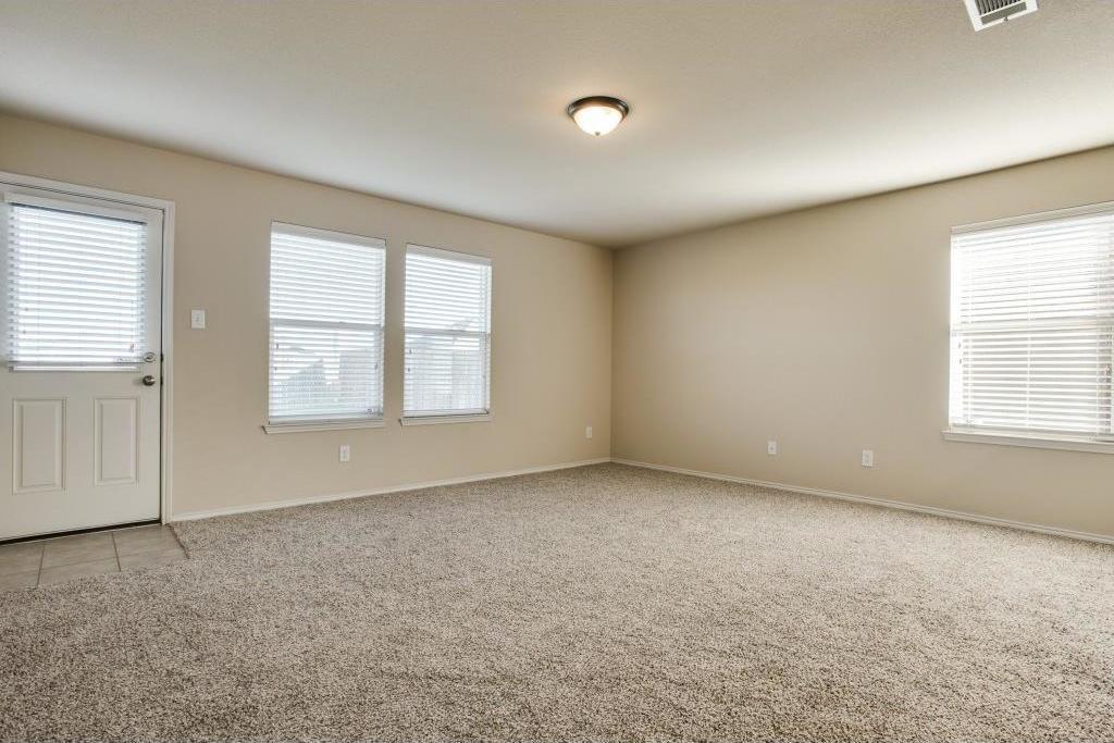 Sold Property   14812 Hunter Drive Little Elm, Texas 75068 11