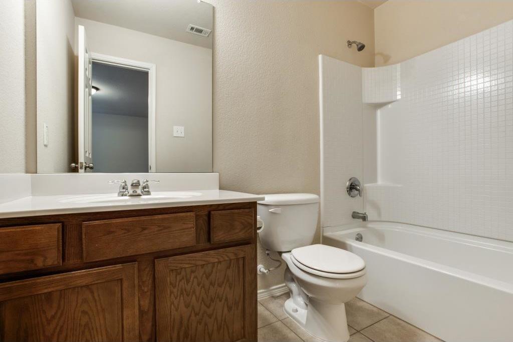 Sold Property   14812 Hunter Drive Little Elm, Texas 75068 19