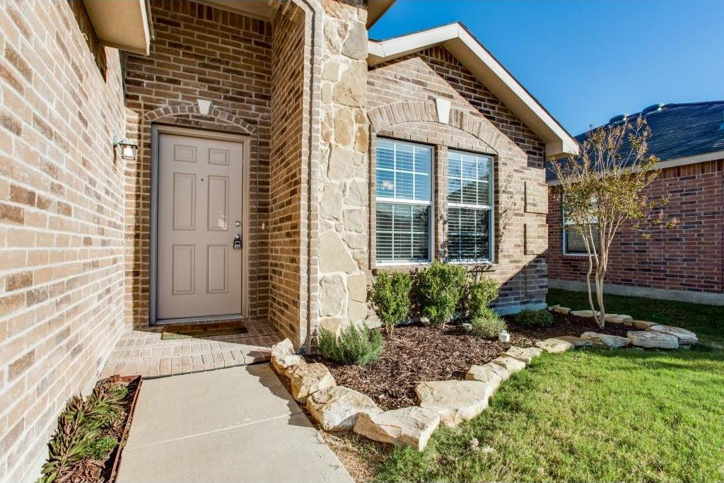 Sold Property   14812 Hunter Drive Little Elm, Texas 75068 2