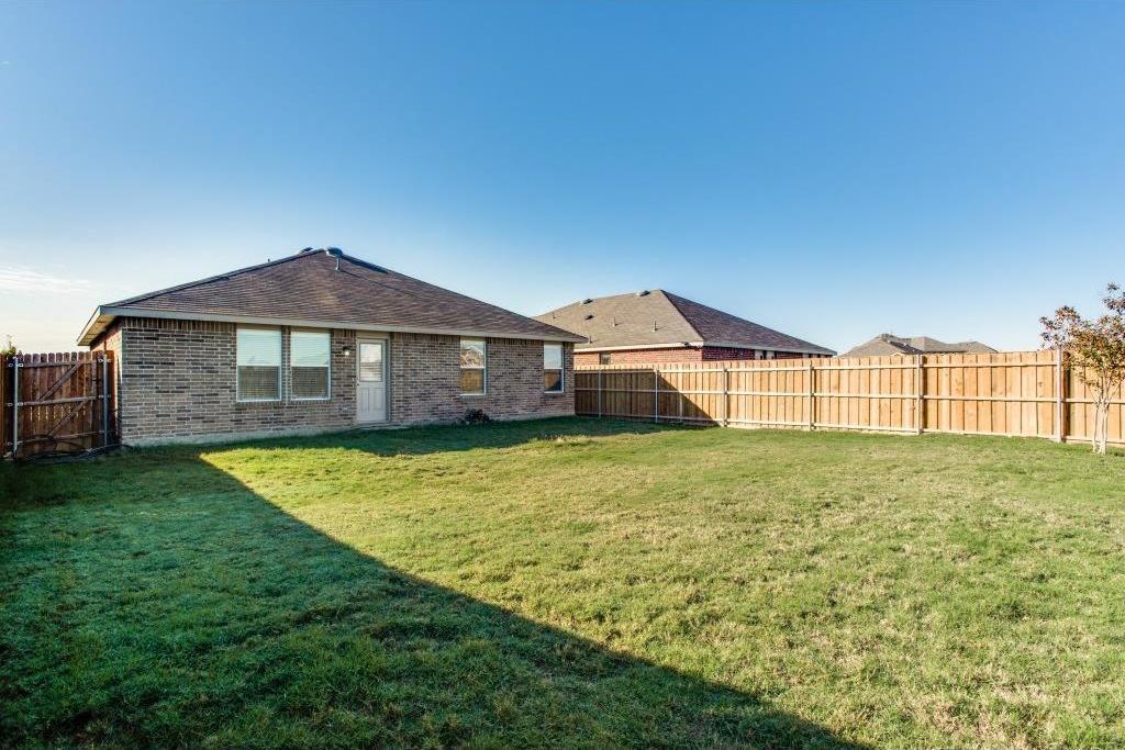 Sold Property   14812 Hunter Drive Little Elm, Texas 75068 22