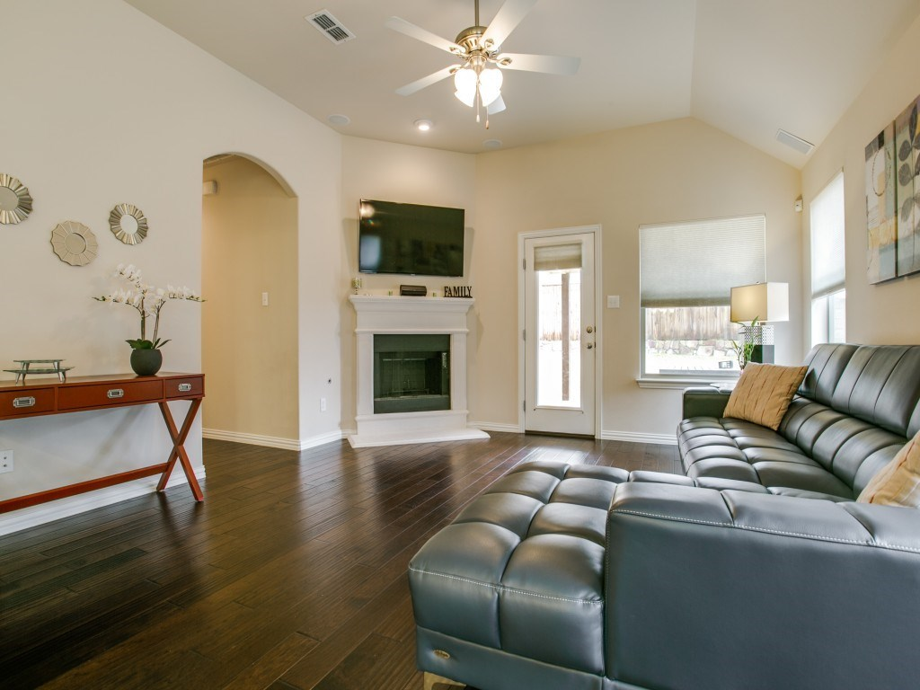 Sold Property | 2221 Gregory Creek Drive Little Elm, Texas 75068 5