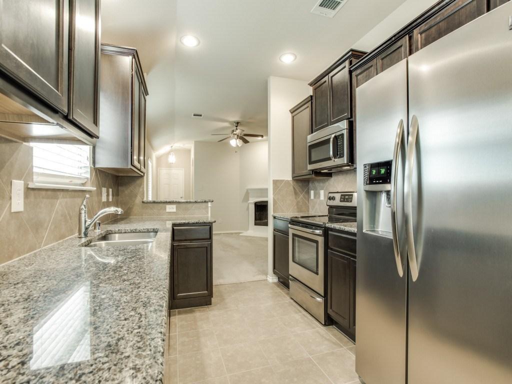 Sold Property | 8721 Yosemite Trail Cross Roads, Texas 76227 11
