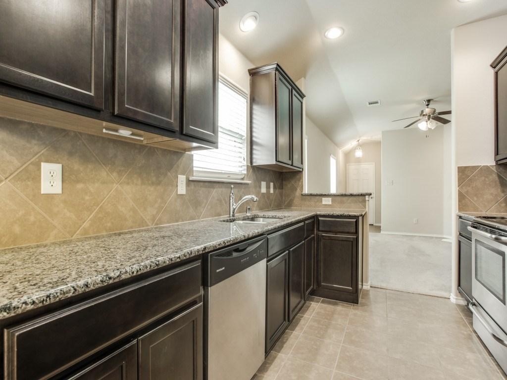 Sold Property | 8721 Yosemite Trail Cross Roads, Texas 76227 12