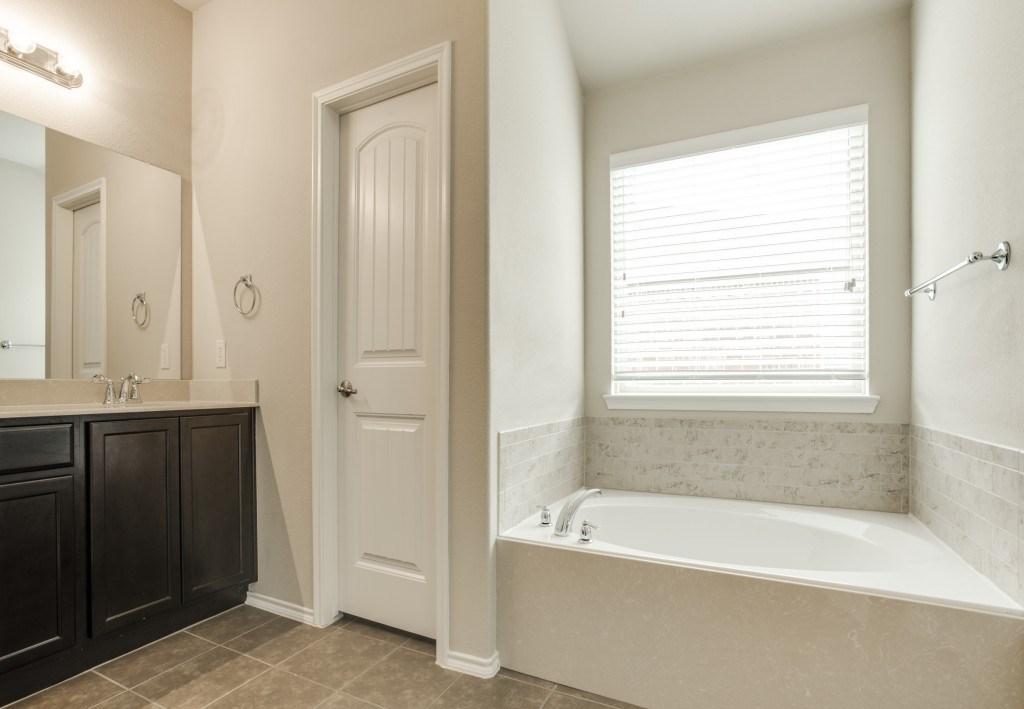 Sold Property | 8721 Yosemite Trail Cross Roads, Texas 76227 19