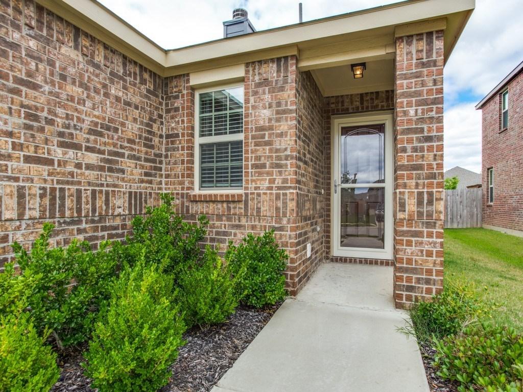Sold Property | 8721 Yosemite Trail Cross Roads, Texas 76227 2