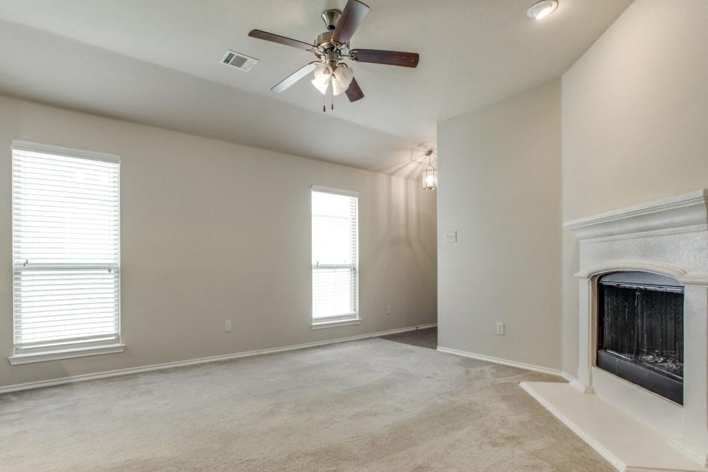 Sold Property | 8721 Yosemite Trail Cross Roads, Texas 76227 4