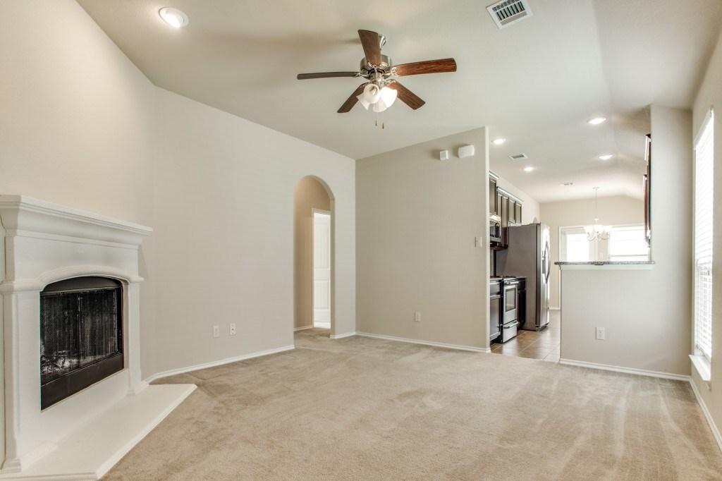 Sold Property | 8721 Yosemite Trail Cross Roads, Texas 76227 5