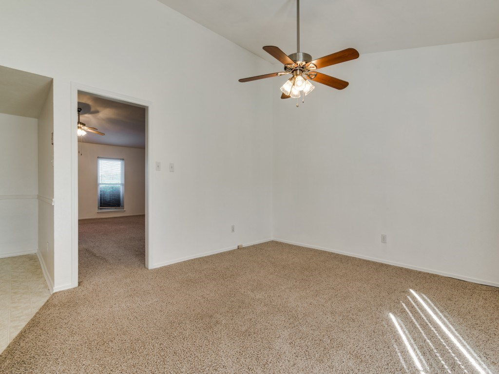 Sold Property   5653 N Colony Boulevard The Colony, Texas 75056 10