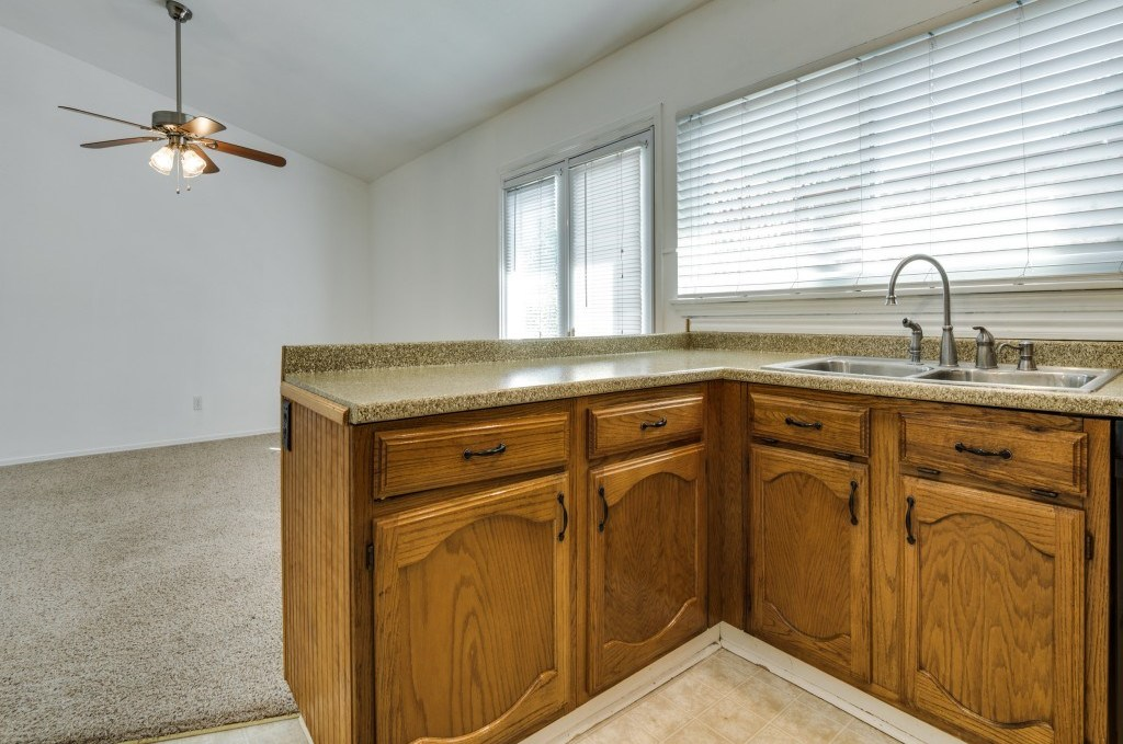 Sold Property   5653 N Colony Boulevard The Colony, Texas 75056 13