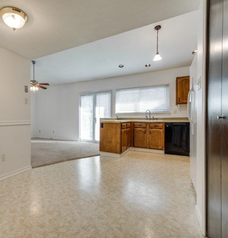 Sold Property   5653 N Colony Boulevard The Colony, Texas 75056 14