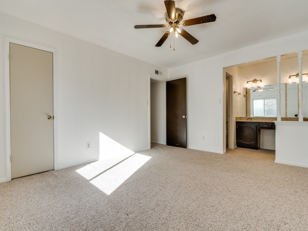 Sold Property   5653 N Colony Boulevard The Colony, Texas 75056 16