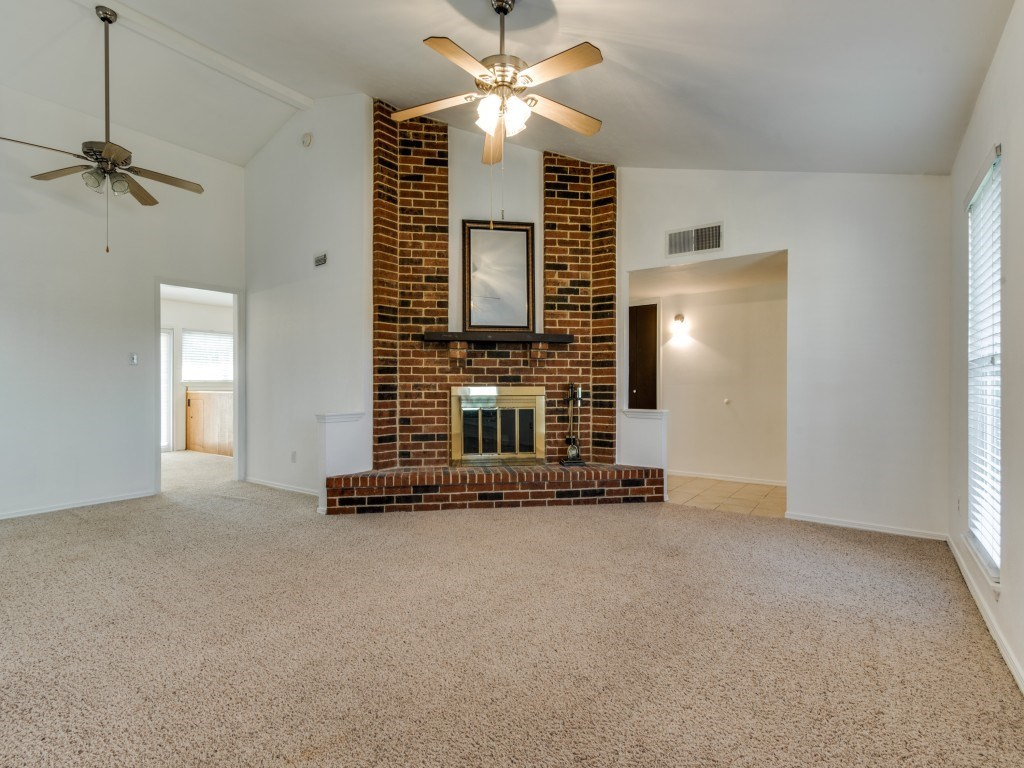Sold Property   5653 N Colony Boulevard The Colony, Texas 75056 6