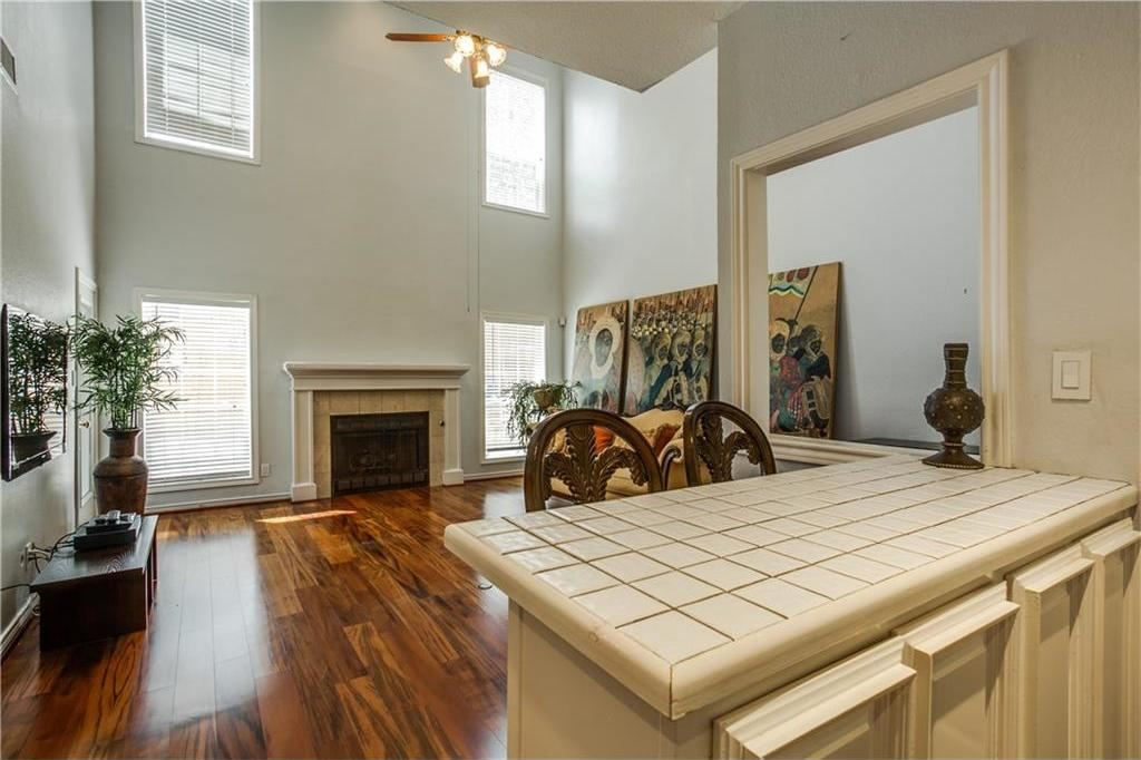 Sold Property | 909 Liberty Street Dallas, Texas 75204 3