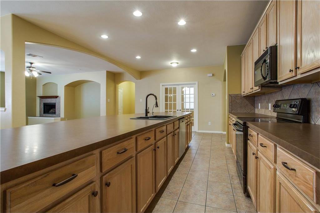 Sold Property | 9832 Cherry Hill Lane Providence Village, Texas 76227 6