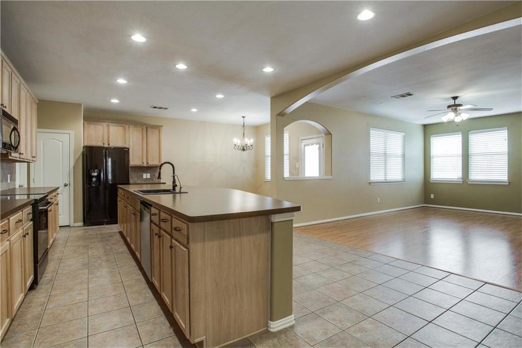 Sold Property | 9832 Cherry Hill Lane Providence Village, Texas 76227 7