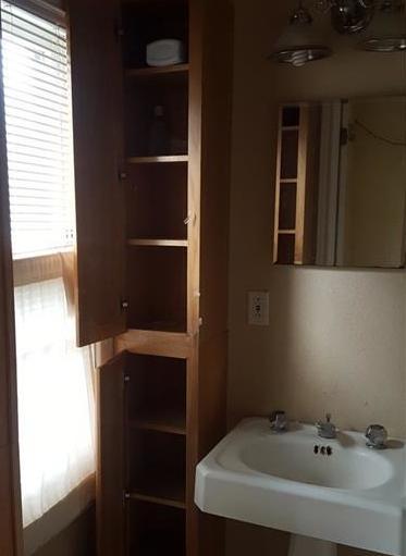 Sold Property | 525 S Willomet Avenue Dallas, Texas 75208 4