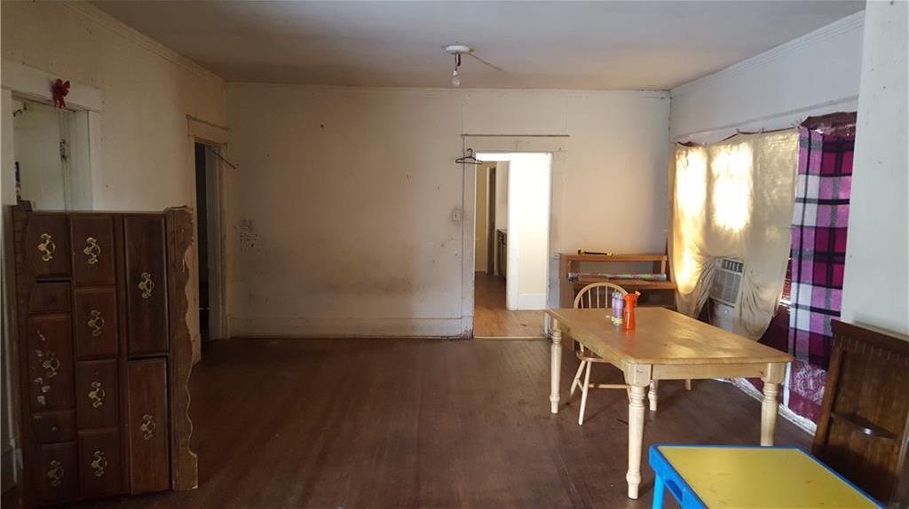 Sold Property | 525 S Willomet Avenue Dallas, Texas 75208 10
