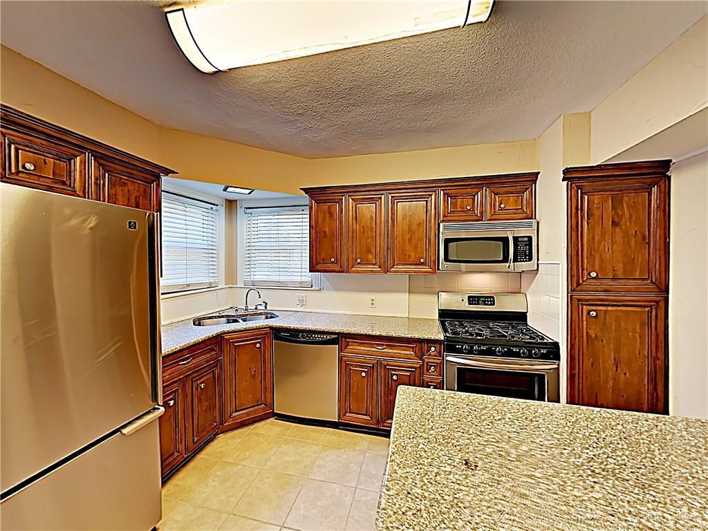 Sold Property | 6044 Vickery Boulevard Dallas, TX 75206 6