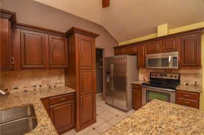 Sold Property | 3809 Branch Hollow Circle Carrollton, Texas 75007 16