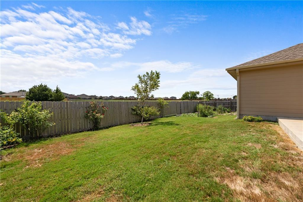 Sold Property | 1516 Colton Lane Lockhart, TX 78644 25