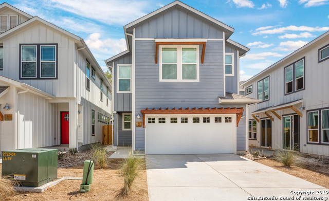 Property for Rent | 1414 E SANDALWOOD LN  San Antonio, TX 78209 2