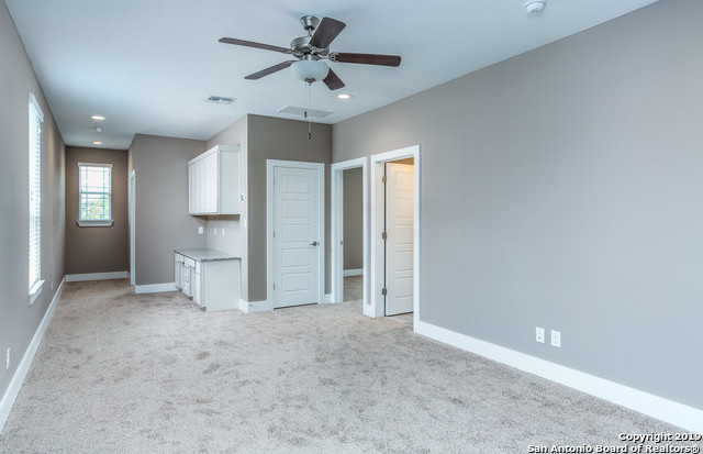 Property for Rent | 1414 E SANDALWOOD LN  San Antonio, TX 78209 11