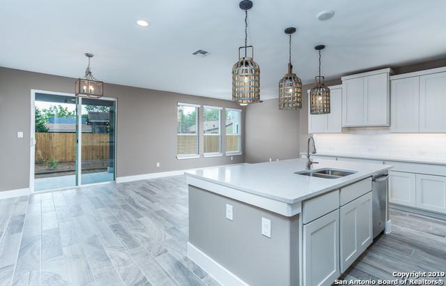 Property for Rent | 1414 E SANDALWOOD LN  San Antonio, TX 78209 3